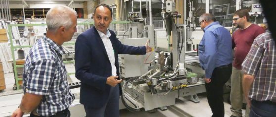 Rieser Firmen digital verbunden – Fa. Klopfer und Glas-Trösch produzieren  gemeinsam