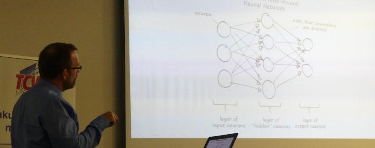 """Maschinelles Lernen auf der Überholspur: """"Deep Learning"""" – Zahlreiche Zuhörer informierten sich"""